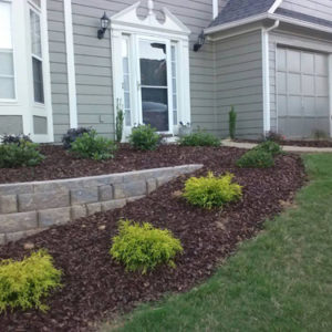 sam-smith-landscaping-planting-mulch